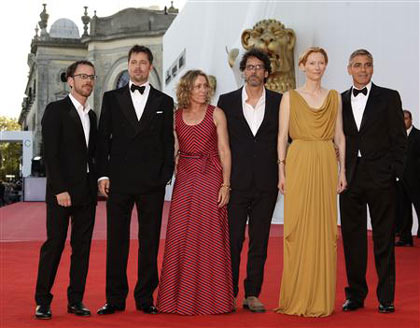 Ethan Cohen (L to R), Brad Pitt, Frances McDormand, Joel Cohen, Tilda Swinton and George Clooney pose at the red carpet of the Film Festival in Venice, August 27, 2008