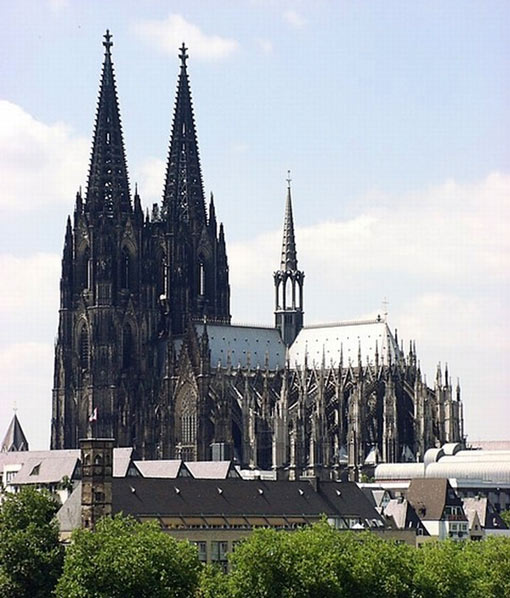 Cologne Cathedral, Germany (516 ft - 157 m)