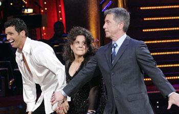 Dancing With the Stars: Tony Dovolani, Marissa Jaret Winokur, Tom Bergeron