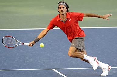 Federer's familiar footwork and deft touch returned during the final allowing him to stay one step ahead of Murray