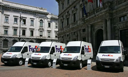 FedEx Express and Iveco in joint diesel-electric hybrid Daily van trials
