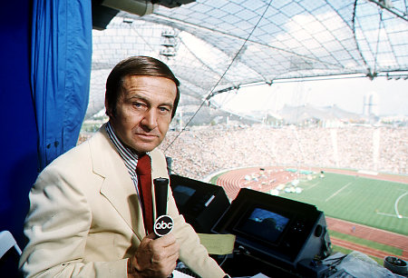 Jim McKay, legendary sportscaster who announced the tragedy at the 1972 Munich Olympics, died Saturday