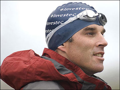 Lewis Gordon Pugh swims to raise awareness for climate change
