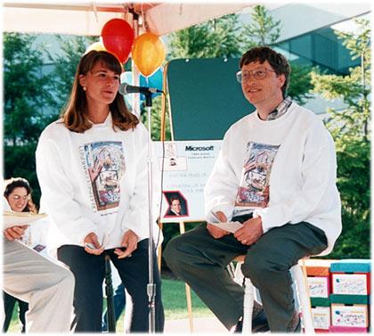 Newlyweds Melinda and Bill Gates at a charity raffle, 1994