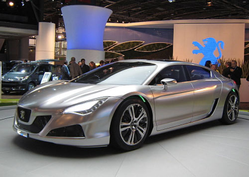 Peugeot's RC HYmotion4 concept car at 2008 Paris Auto Show