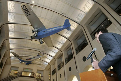 Acting FAA Administrator Robert Sturgell, speaking during a news conference at San Francisco International Airport, lauds the results of an Air New Zealand flight that tested new technologies and procedures to save fuel and cut flying time