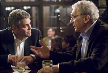Sydney Pollack with George Clooney in the movie Michael Clayton