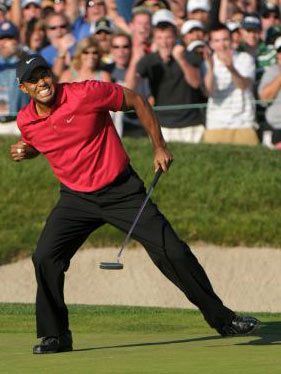 Woods finished his round tied for first with Rocco Mediate