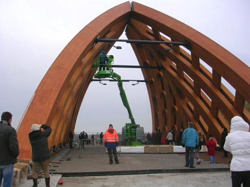 first wooden bridge in the world that can support the heaviest load class of 60 tons