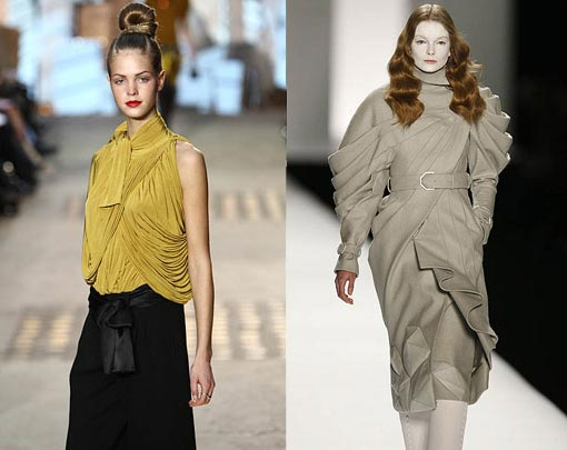 left: Christian Lacroix - Herbst/Winter-Show 2009/10