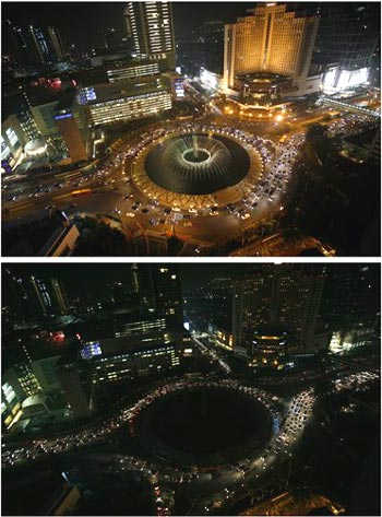 before and after the lights at the main roundabout at the main business district are turned off during Earth Hour in Jakarta, Indonesia, Saturday, March 28, 2009