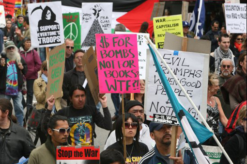 Hundreds of anti-war protestors gathered in Hollywood to call for an end to military involvement in Iraq and Afghanistan.