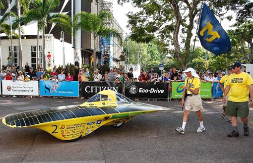 Infinium, Michigan University's solar vehicle, makes its way to the start of the 2009 Global Green Challenge
