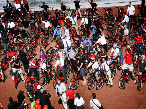 Washington DC Launches Largest Bikeshare in US