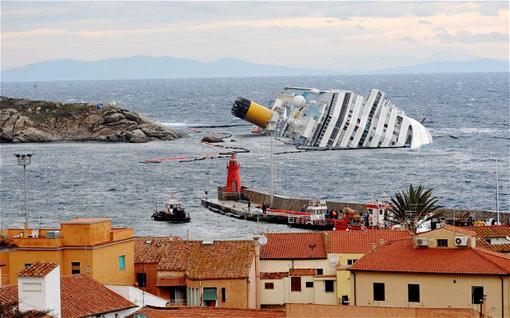 Photos Modern Cruiseship Vs Titanic Truck Stuck Under Bridge - Modern cruise ship compared to titanic
