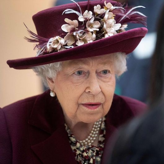 "In ""an increasingly challenging time"", Queen Elizabeth II says, ""if we remain united and resolute, then we will overcome"" this disease"